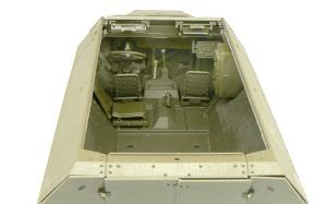 Sd.kfz.251/20ウーフー 運転席