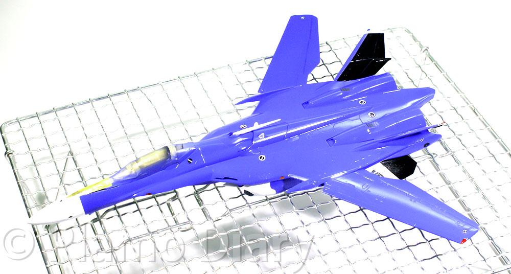 機体の補修と細部の塗り分け