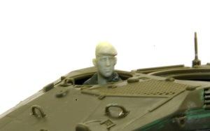 ウイーゼル装甲車Mk20A1 運転手フィギュア