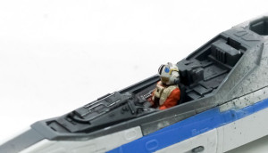 パイロットを乗せる
