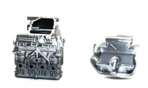 ヤマハ・YZR-M1'09 エンジンの塗装