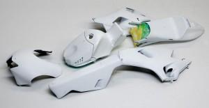 ヤマハ・YZR-M1'09 白サフ吹き