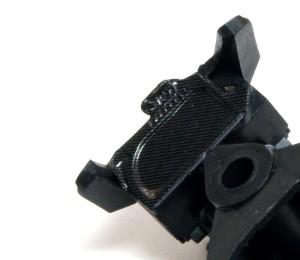 ヤマハ・YZR-M1'09 ドライヤーの熱で軟化させる