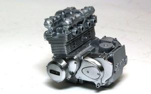 カワサキ・Z1-R改 エンジン