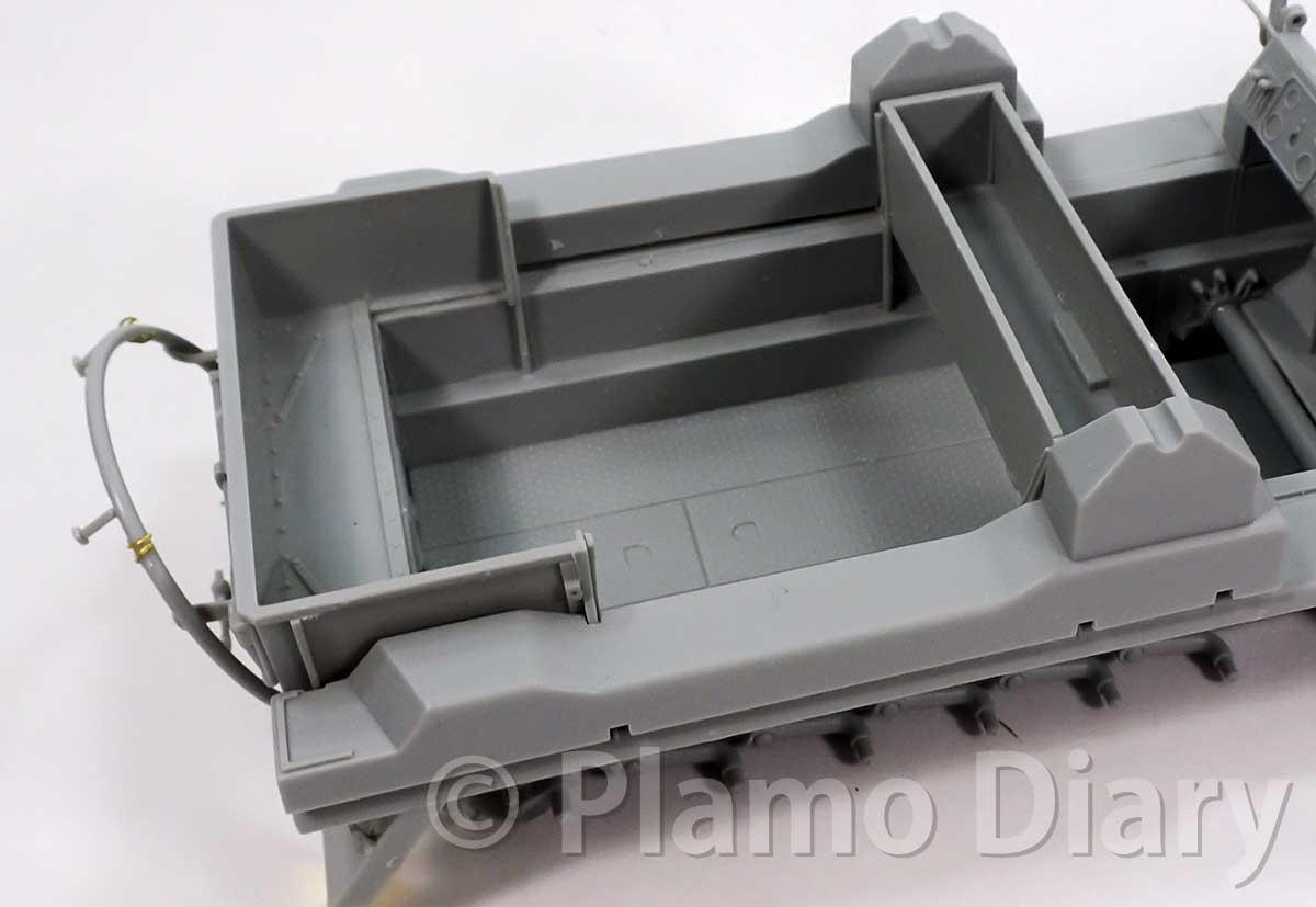 フェンダーと対戦車砲の架台