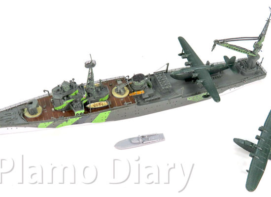 艦載艇の制作と艦載機の組み立て