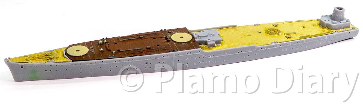 リノリウム甲板の塗装