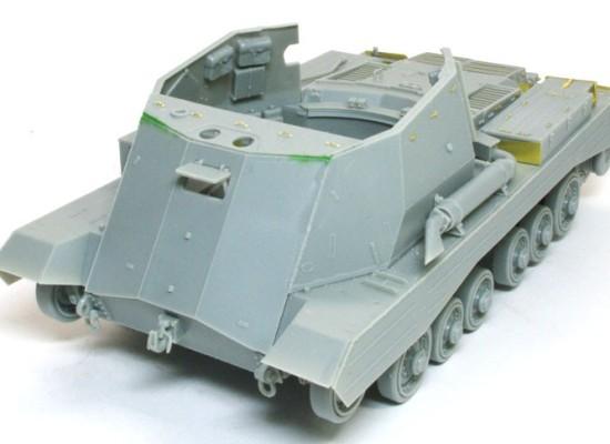 戦闘室の組立て 17ポンド自走砲アーチャー