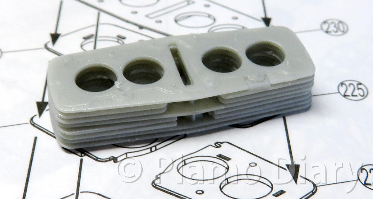 エンジンブロックの組み立て