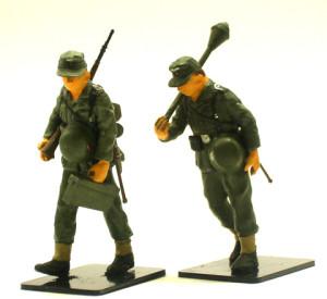 ケッテンクラートに付属の歩兵もドライブラシ
