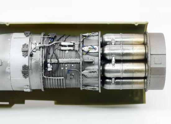 エンジンの塗装