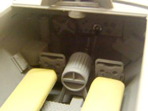 ハノマーグ兵員輸送車内部の塗分け