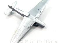 機体下面の塗装