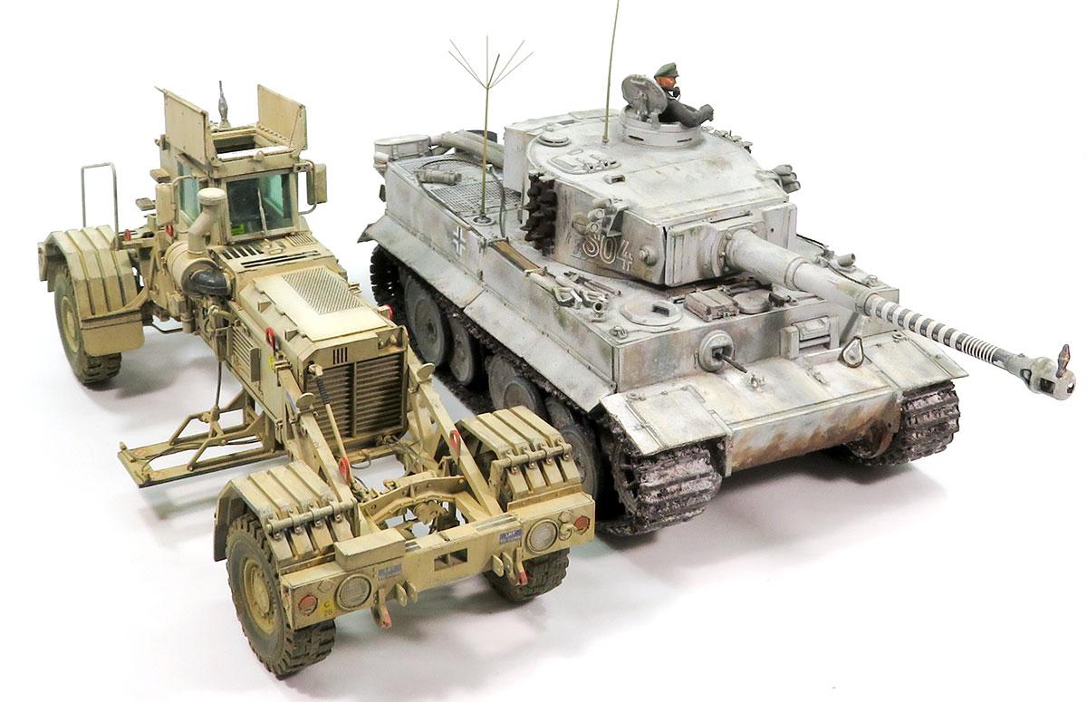 ティーガー1型とハスキーMk.3地雷探知機搭載車