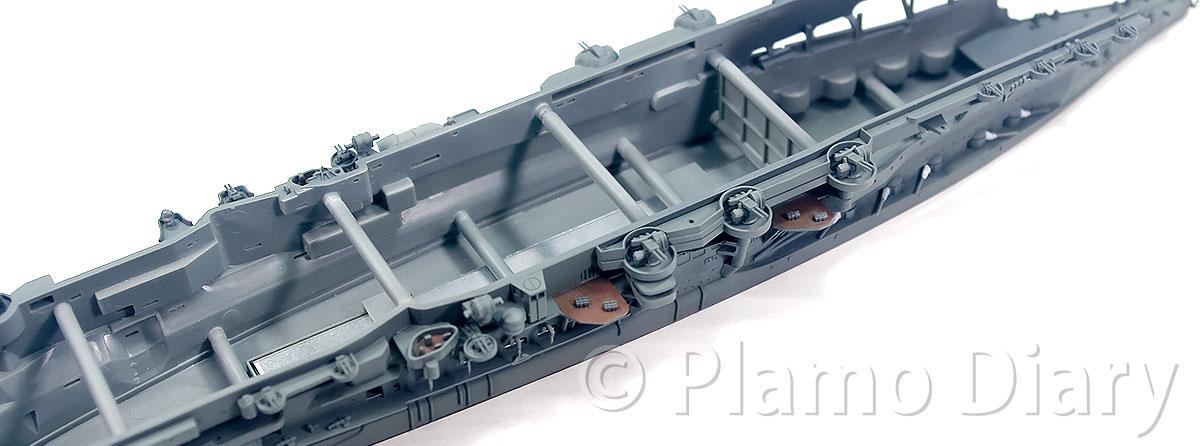 リノリウム甲板の塗分け