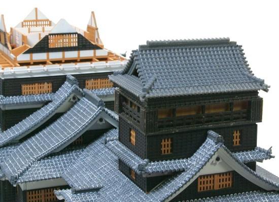 小天守屋根の組み立て