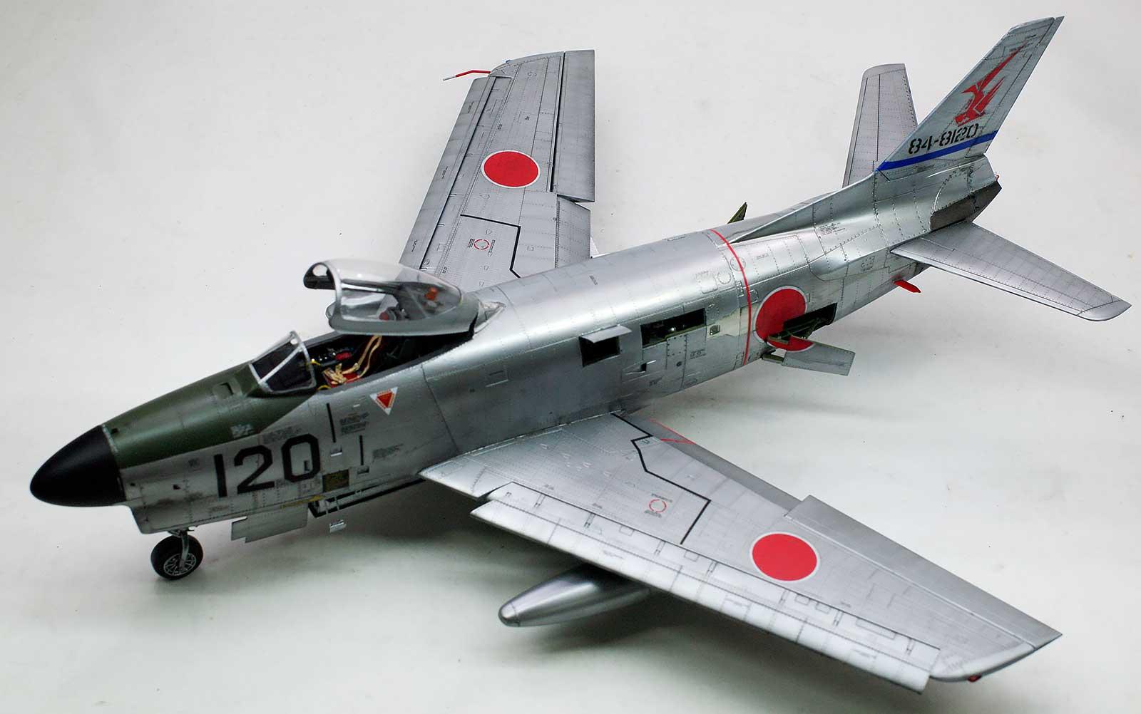 ノースアメリカン・F-86Dセイバードッグ 1/35 キティホーク