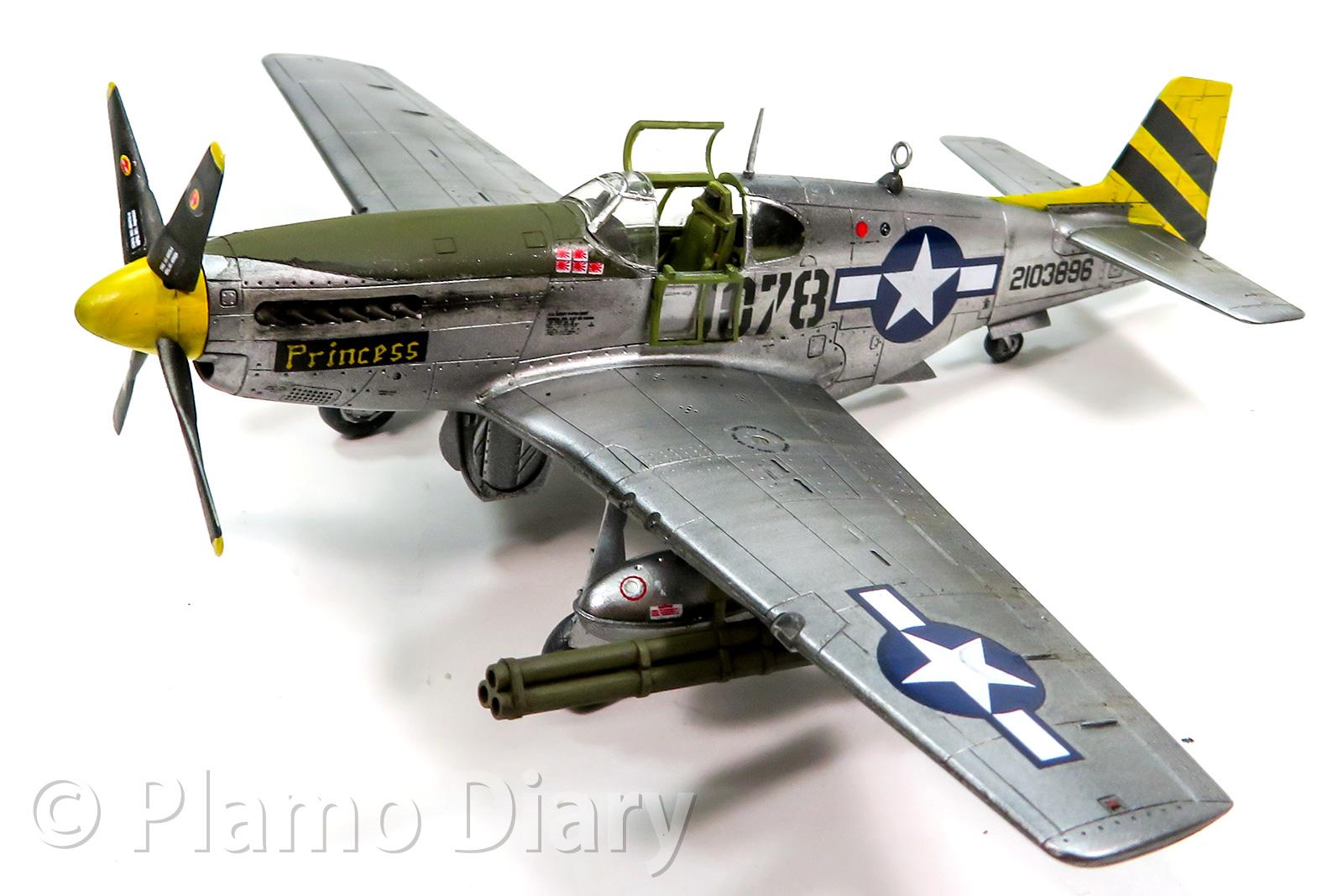 ノースアメリカン・P-51Cマスタング 1/72 アカデミー