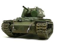 正面から見たKV-1'sエクラナミです。大きな車体の割に砲塔がちっちゃく主砲も貧弱に見えますよね。履帯に詰まった泥はピグメントのロシアン・アースです。ちょっと緑がかったグレーの泥がいかにもロシアぽいです。