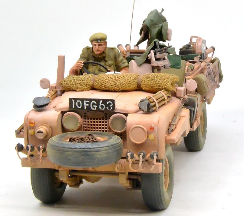 イギリスSAS・ランドローバー ピンクパンサー 1/35 タミヤ