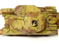 真上から見たM3グラント中戦車です。この写真で初めて3色迷彩だったことが判りますかね…