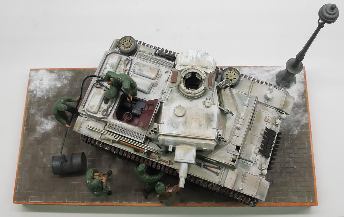 ドイツ・3号戦車N型 1/35 ドラゴン