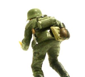 ハノマーグ兵員輸送車のオマケの人形