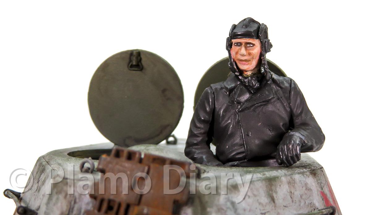 戦車兵フィギュアの顔の塗装