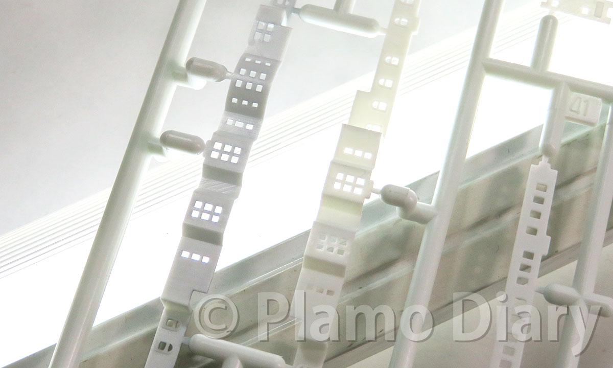 透け防止の銀塗装