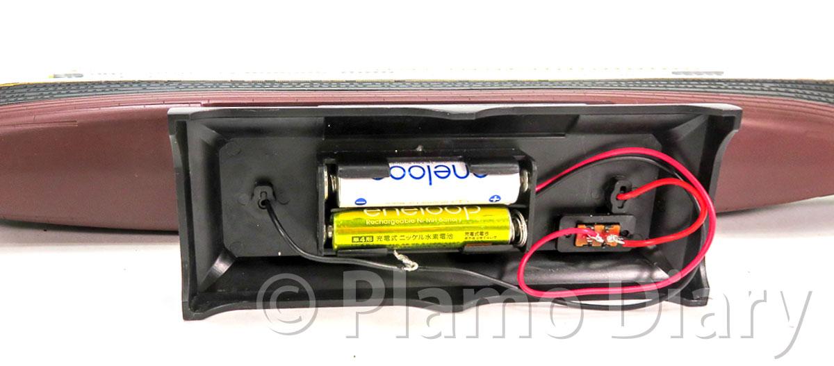 電池ボックスと配線