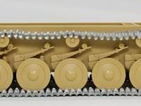 フリウル製メタル履帯の組立て